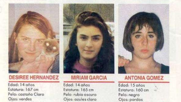MIriam-Toni-Desiree-ninas-Alcasser_TINIMA20121103_0034_18